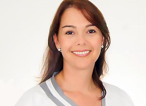 Dra Cristina Arenas